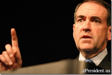 Am I the only one who thinks Huckabee looks a little like Nixon?